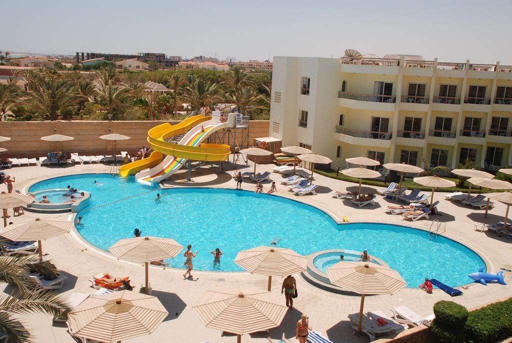 Palm Beach Resort  2.jpg