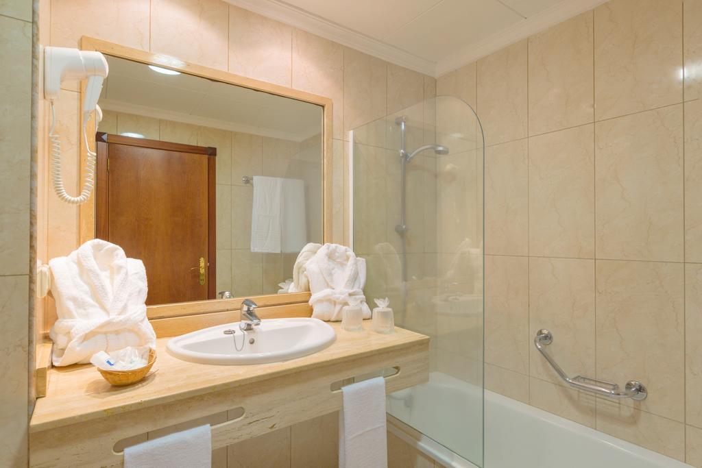 Blue Sea Puerto Resort 9.jpg