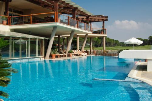 Hotel Sueno Golf piscina.jpg