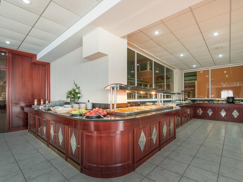 restaurant-4_site.jpg