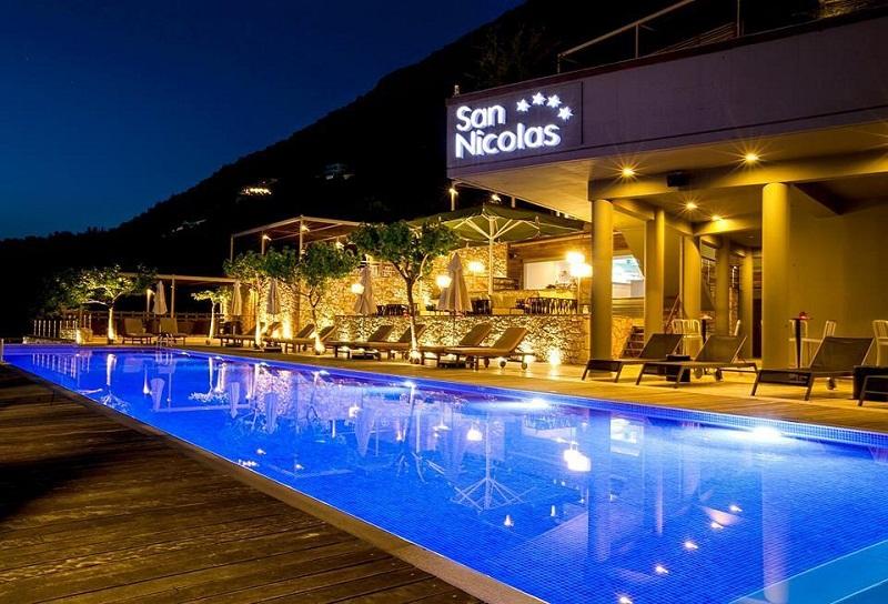 San Nicolas piscina2.jpg
