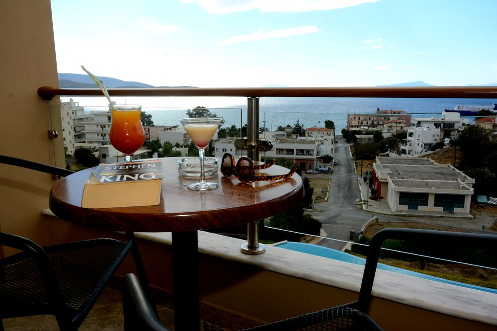 Evia Hotel & Suites2.JPG