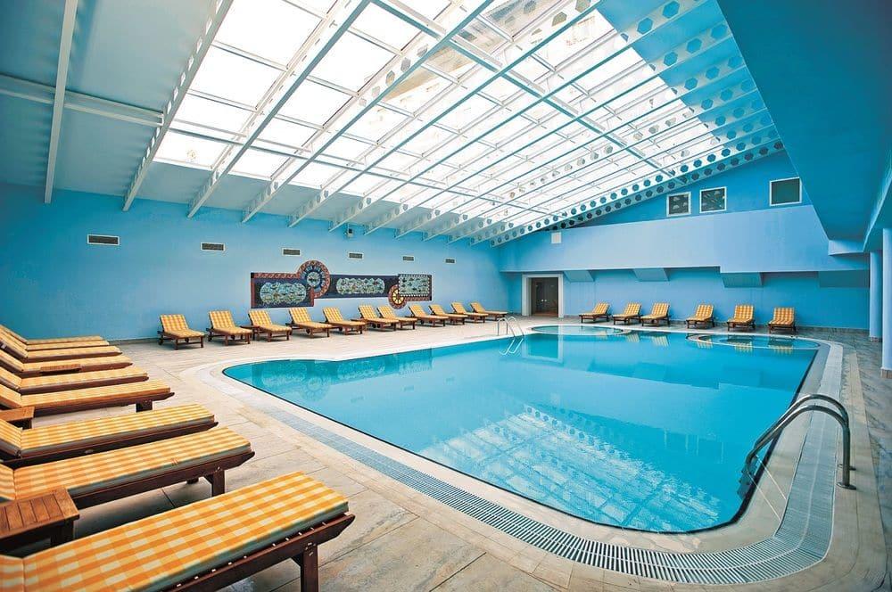 Belek, Hotel Innvista, piscina interioara.jpg