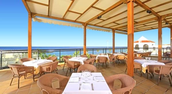 Tenerife, Iberostar Troviscas Playa, restaurant, terasa.jpg
