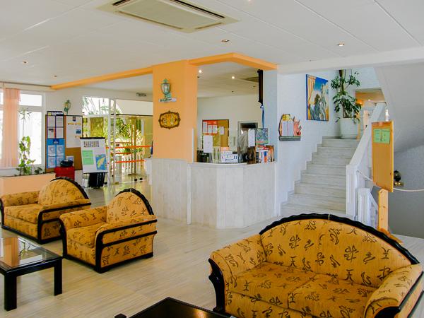 Rodos, Hotel Pefkos Garden, lobby.jpg