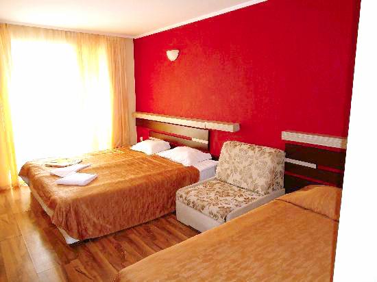 Balchik, Hotel Lotos, camera tripla.jpg