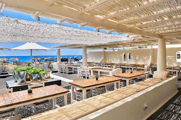 anemos beach lounge 1.jpg