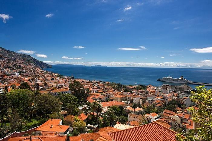 Revelion 2018 - Madeira si Lisabona