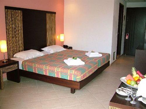 Aquis Park Hotel_camera.jpg