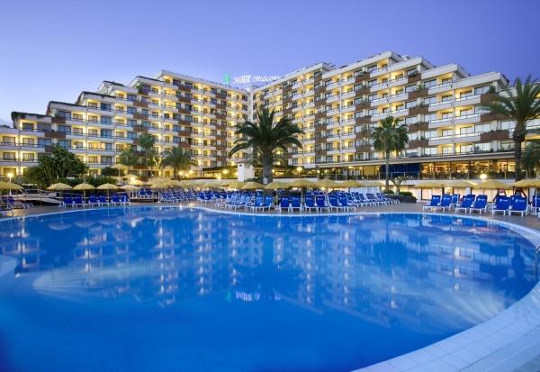 Tenerife, Hotel Spring Bitacora, exterior, piscina - Copy.jpg