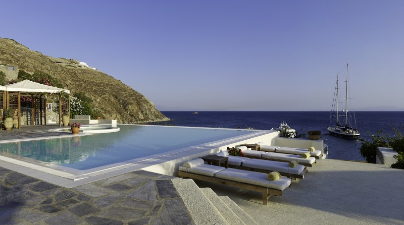 Colonial Pool.jpg