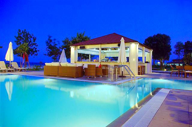 Olympic Beach, Hotel Giannoulis, exterior, pool bar, piscina.jpg