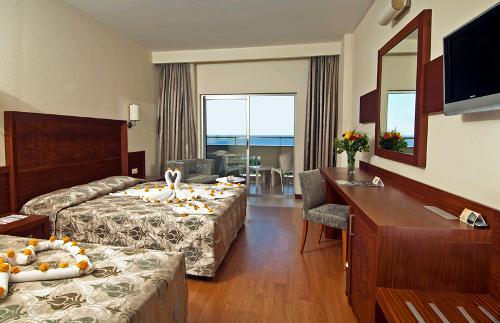 Hotel Amelia Beach Resort & Spa camera.JPG