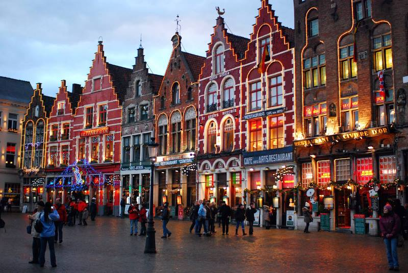 Bruges-Christmas-Market.jpg