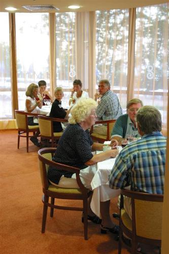 Hotel LTI Berlin Green Park restaurant.jpg