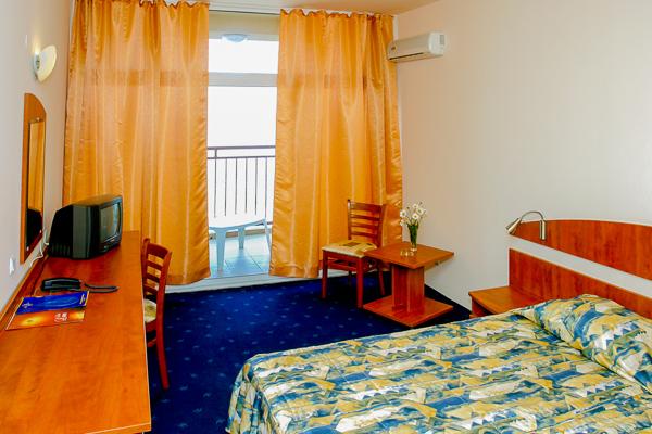 Nisipurile de Aur, Hotel Luna, camera dubla.jpg