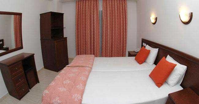 hotel_kymata_room2.jpg