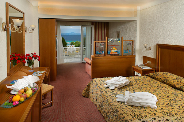 Halkidiki, Hotel Athos Palace, camera superior.jpg