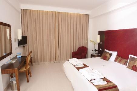 cipru_protaras_hotel_vrissiana_beach_2.jpg
