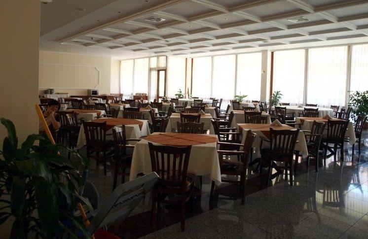 restaurant mercury.jpg