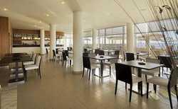 hotel-Medano-F30259_bar.jpg
