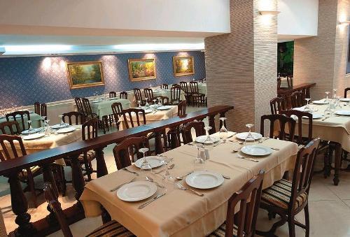 Hotel Elinotel Apolomare restaurant.JPG