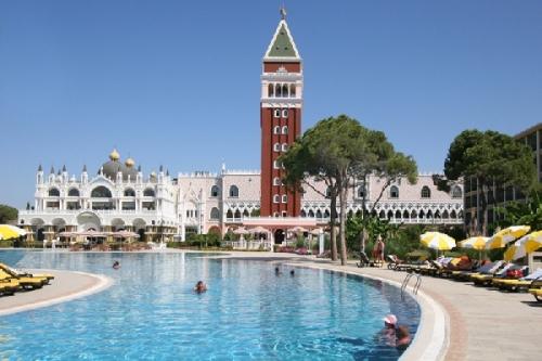 Hotel Venezia Palace.jpg