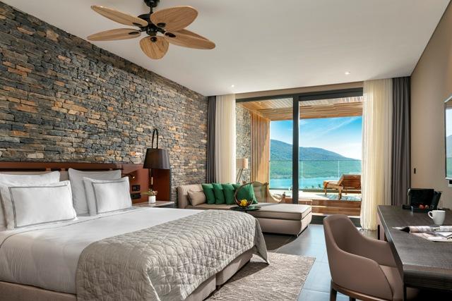 Deluxe Terrace Room.jpg