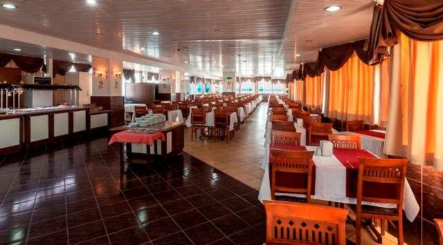 galaxy-beach-hotel-restaurant-011.jpg