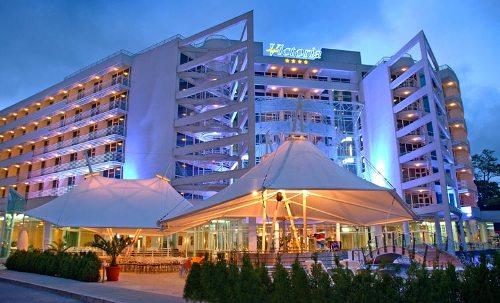 Hotel Grand Victoria.jpg