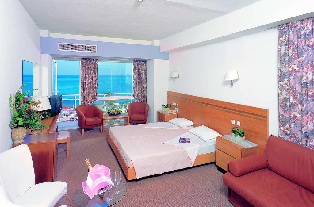 ibiscus-rooms.jpg