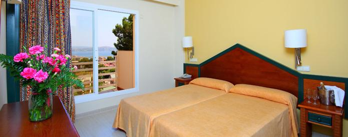 39626-room-valentin-park-club--calvia-apartments.jpg