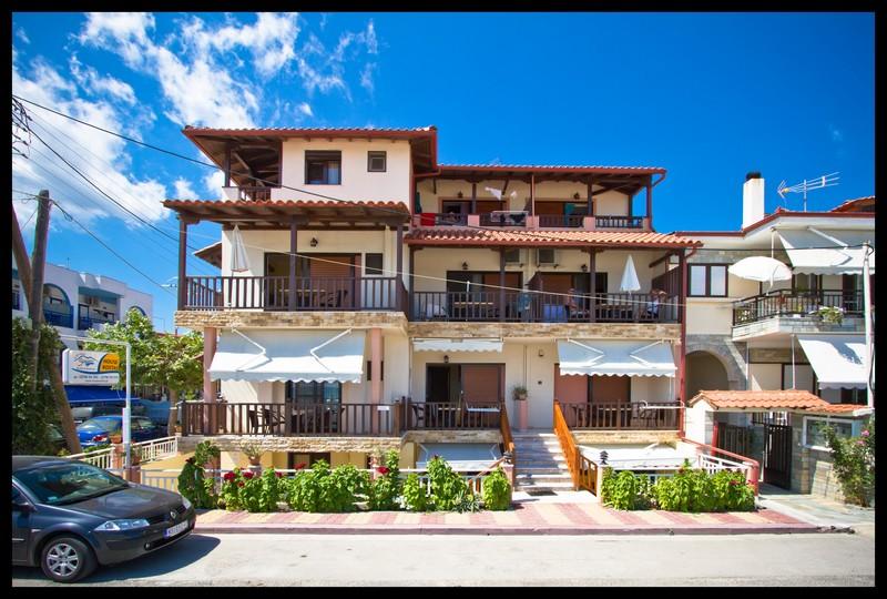 1 House Kostas - Building_01 (IMG_7304) Hi-Res.jpg