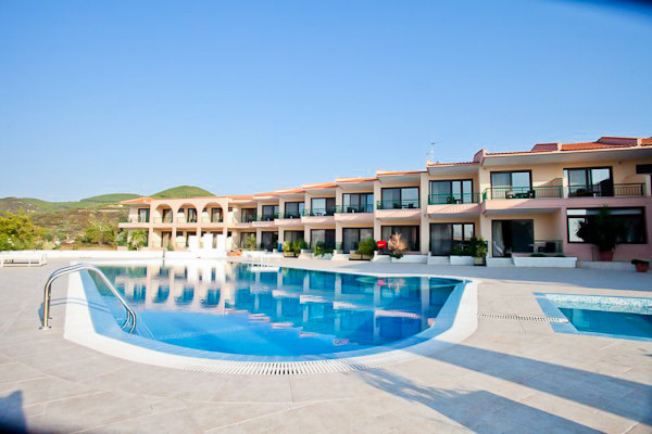 Halkidiki, Hotel Toroni Blue Sea, piscina exterioara.jpg