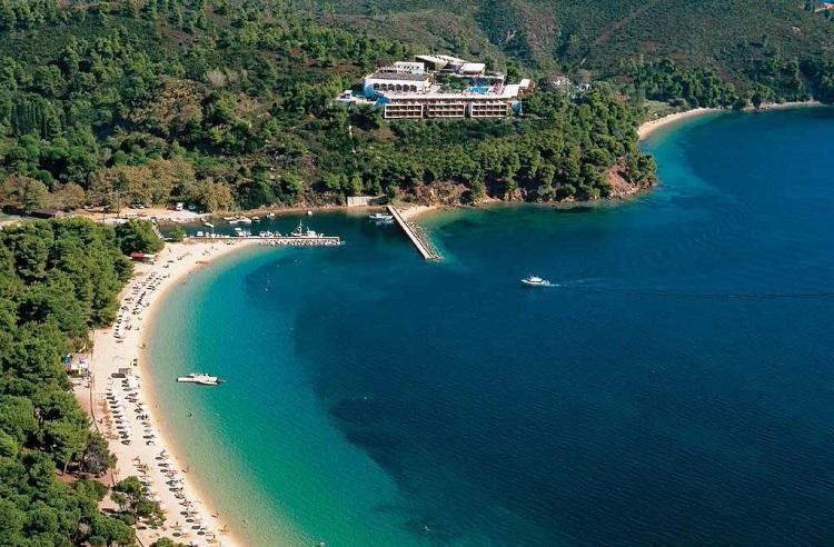 Hotel-SKIATHOS-PALACE_01-Vedere-panoramică.jpg
