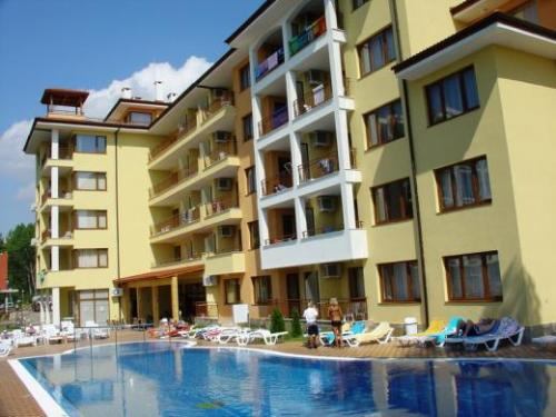 Hotel Sunny Dreams.jpg