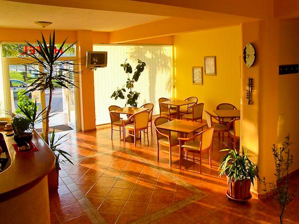 Paralia Katerini, Hotel-apartment Alexander, lobby.jpg