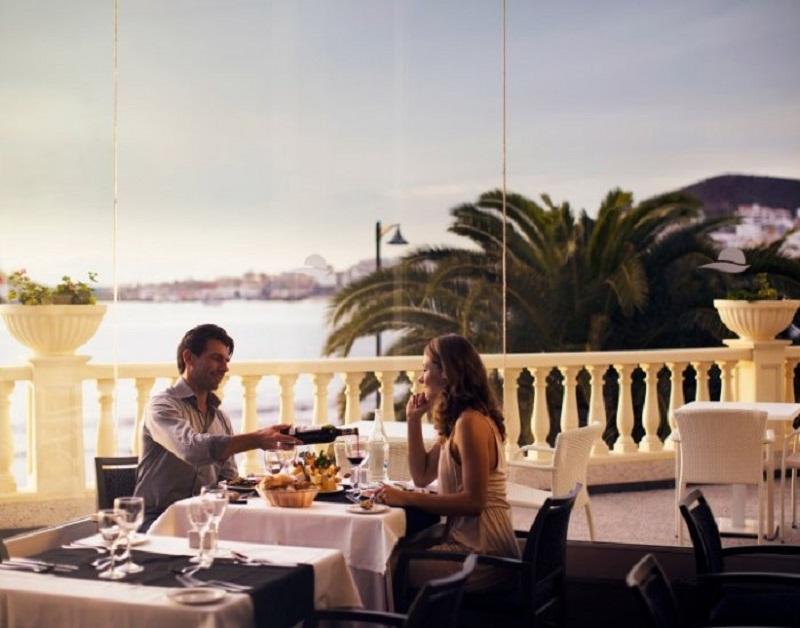 4arona_servicios_rrestaurantes.jpg