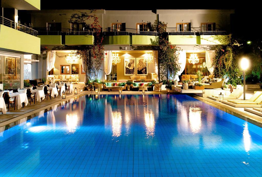 la piscine piscina.jpg