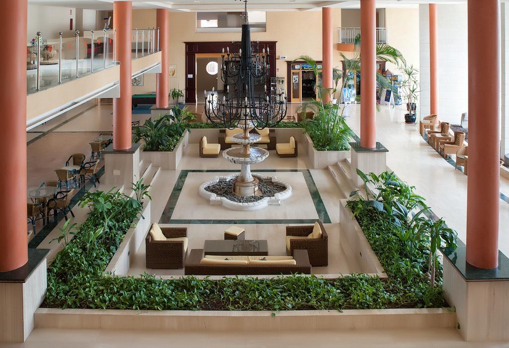 Grand Muthu Golf Plaza 18.jpg