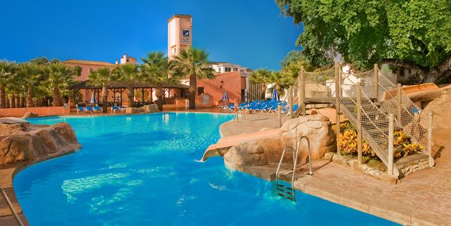 Costa del Sol, Diverhotel Marbella, exterior, piscina.jpg