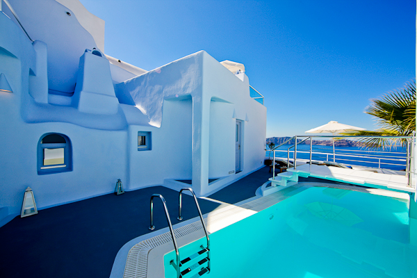 Santorini, Hotel Ikastikies, piscina.jpg