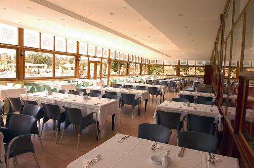 Hotel Titan Garden restaurant.jpg