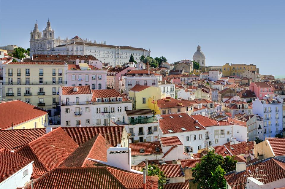 alfama-lisbon- Portugalia.jpg