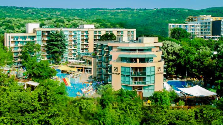 Nisipurile de Aur, Hotel Mimosa, exterior.jpg