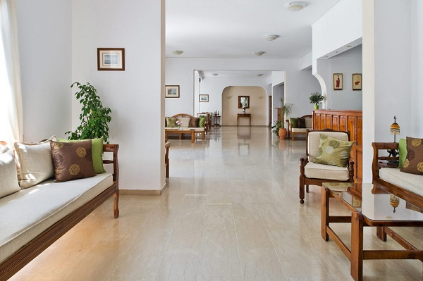 Santorini, Makarios Beach, interior, lounge.jpg