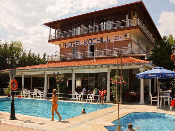 hotel_kochili_pool3.jpg