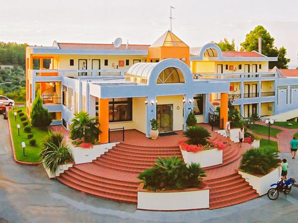 Halkidiki, Hotel Atrium, intrare.jpg