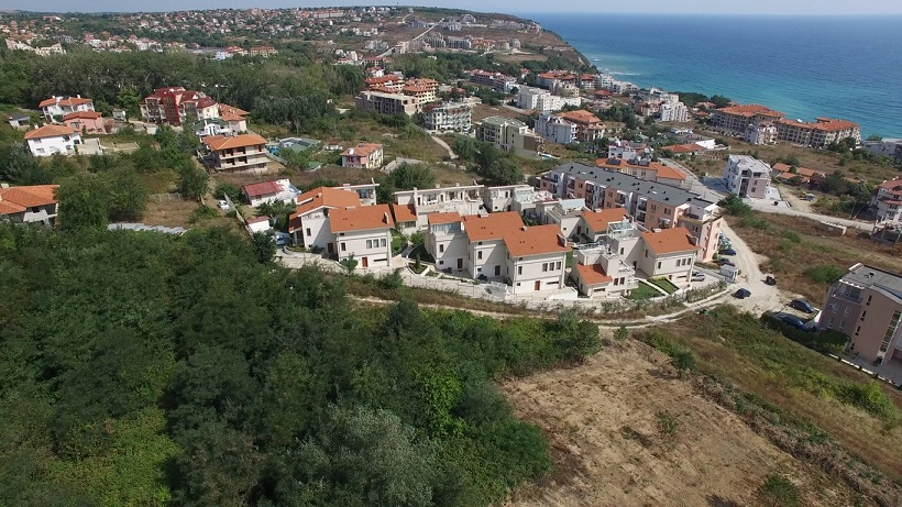 sun village panoramic mica.jpg