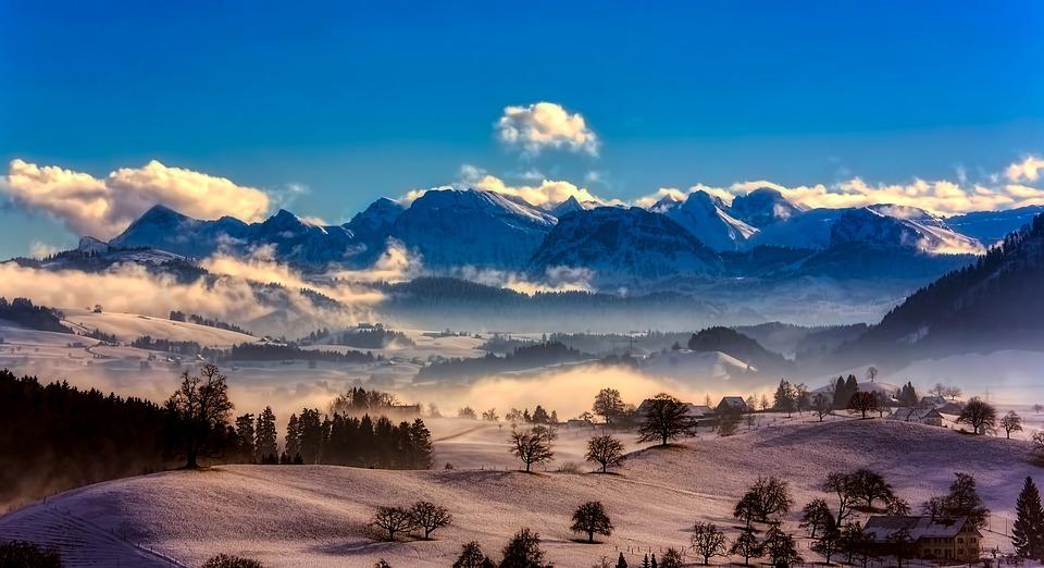 switzerland-2700403_960_720.jpg